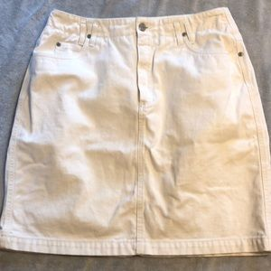 Liz white jean Skirt